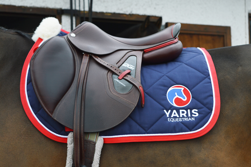 Yaris Saddle Pad